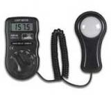 Lux-Meter    DVM1300    3    1/2        Dig.    0,01-50000Lux